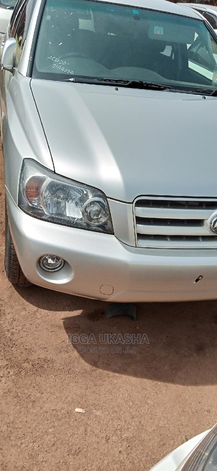 Toyota Kluger 2008 Silver
