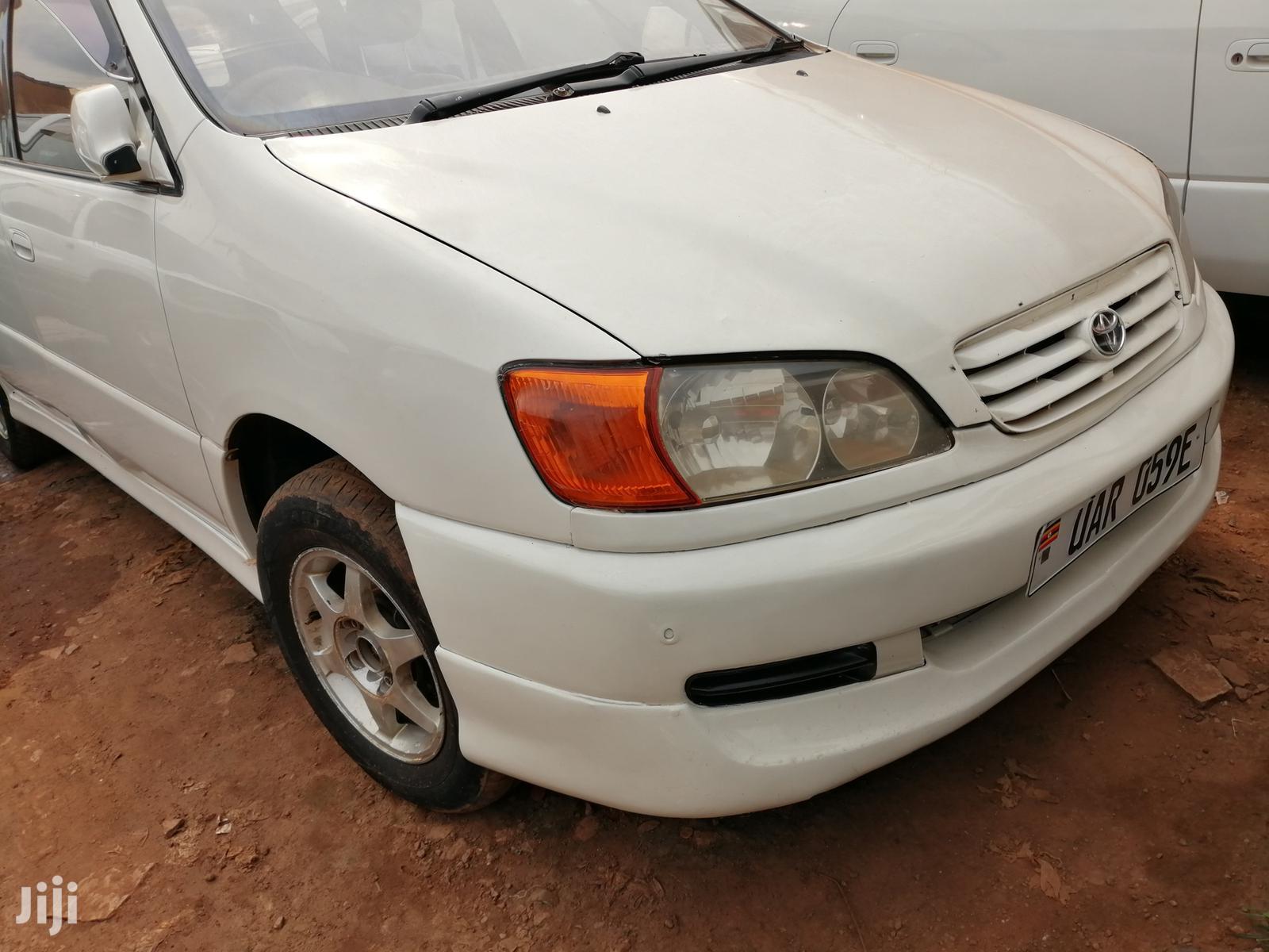 New Toyota Ipsum 1999 White | Cars for sale in Kampala, Central Region, Uganda
