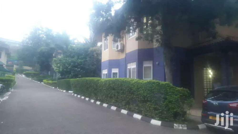 A 3 Bedrooms Townhouses For Rent In Naguru
