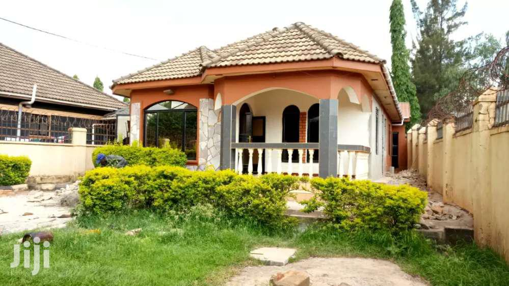 Three Bedrooms Standalone House for Rent Along Ntinda-Kyambogo Rd