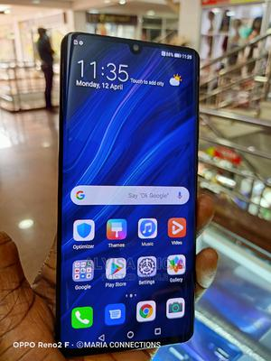 Huawei P30 Pro 256 GB Black   Mobile Phones for sale in Central Region, Kampala