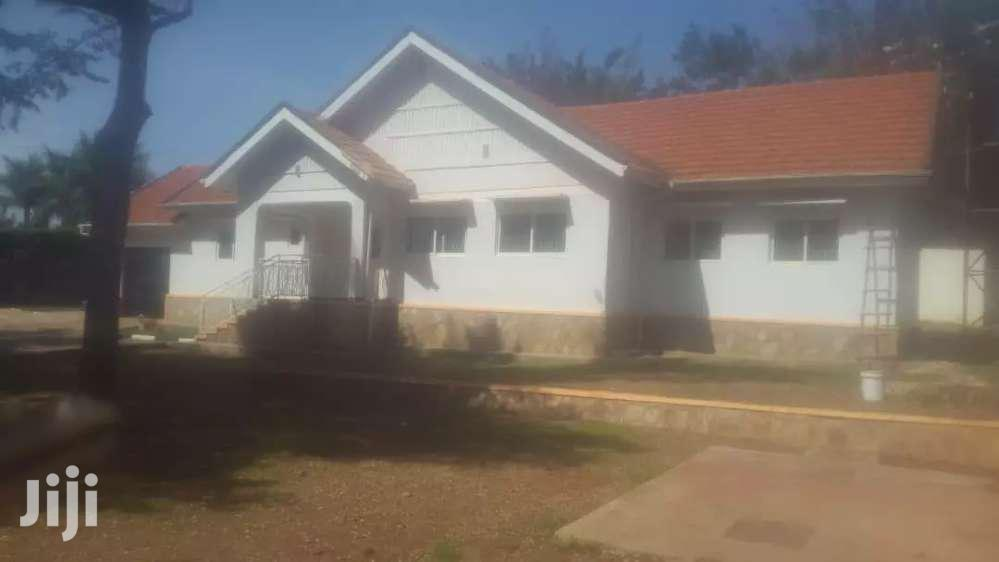 5bedrooms House For Rent In Naguru At $3000