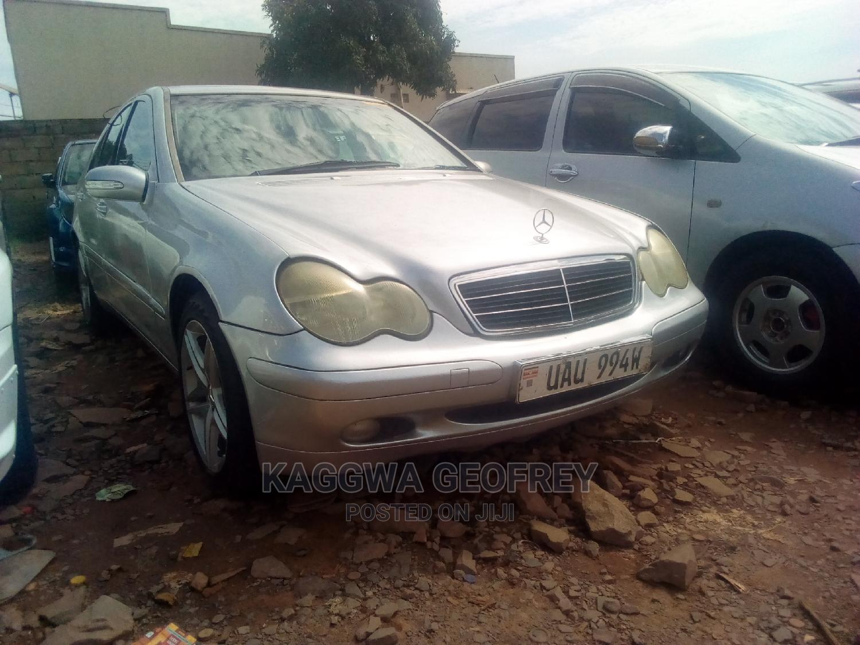 Mercedes-Benz C200 2003 Silver