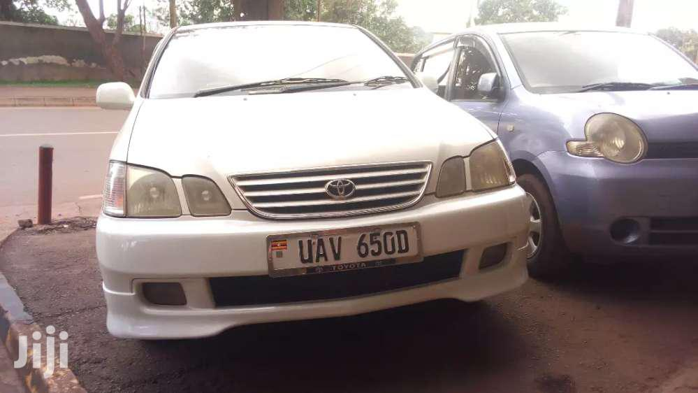 Toyota Gaia 2000 Model, Pearl White For Sale