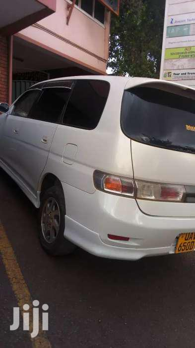 Toyota Gaia 2000 Model, Pearl White For Sale   Cars for sale in Kampala, Central Region, Uganda