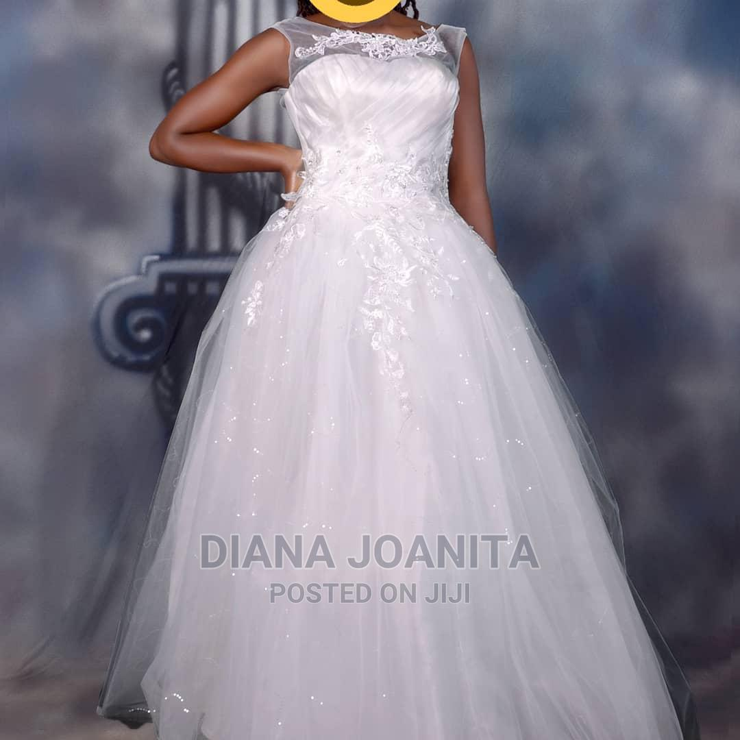Brand New Wedding Dress for Sale CALL ME