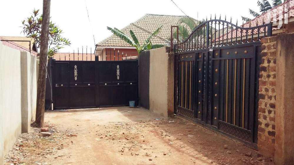 Four Bedroom House In Salaama Munyonyo Road For Sale | Houses & Apartments For Sale for sale in Kampala, Central Region, Uganda
