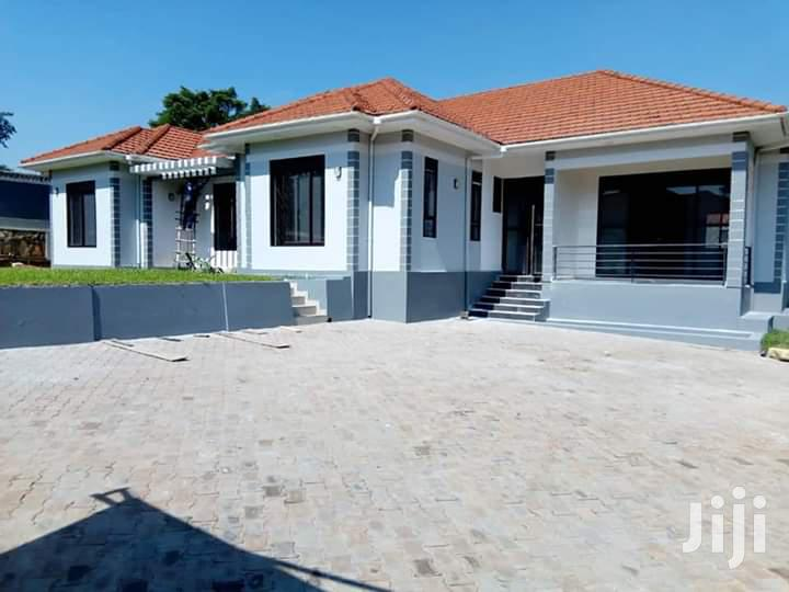 House For Sale For Sale In Kira 6bedrooms All Self Contained