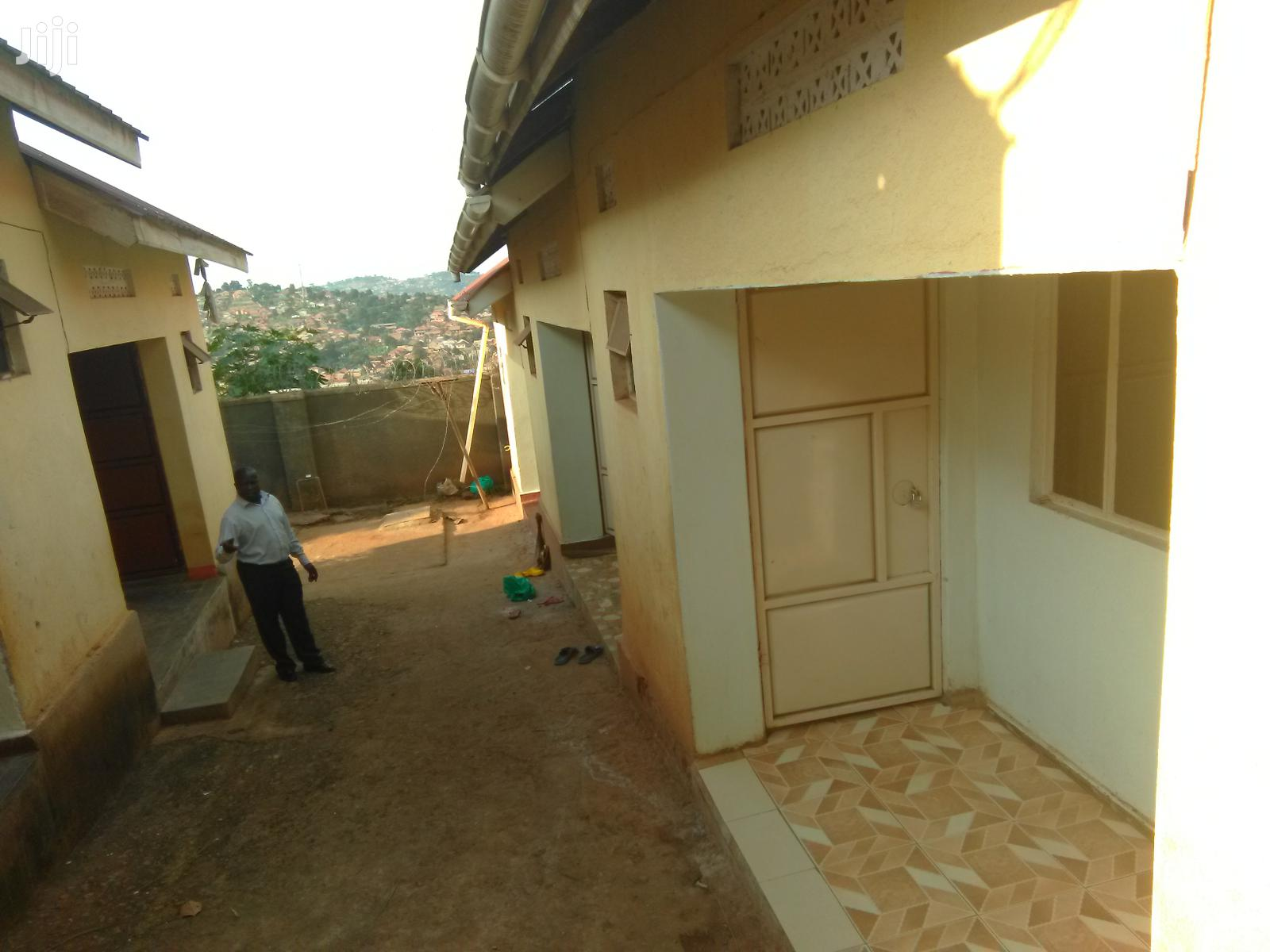 Very Nice Five Self Contained Rentals On Quick Sale In Namasuba Ndejje