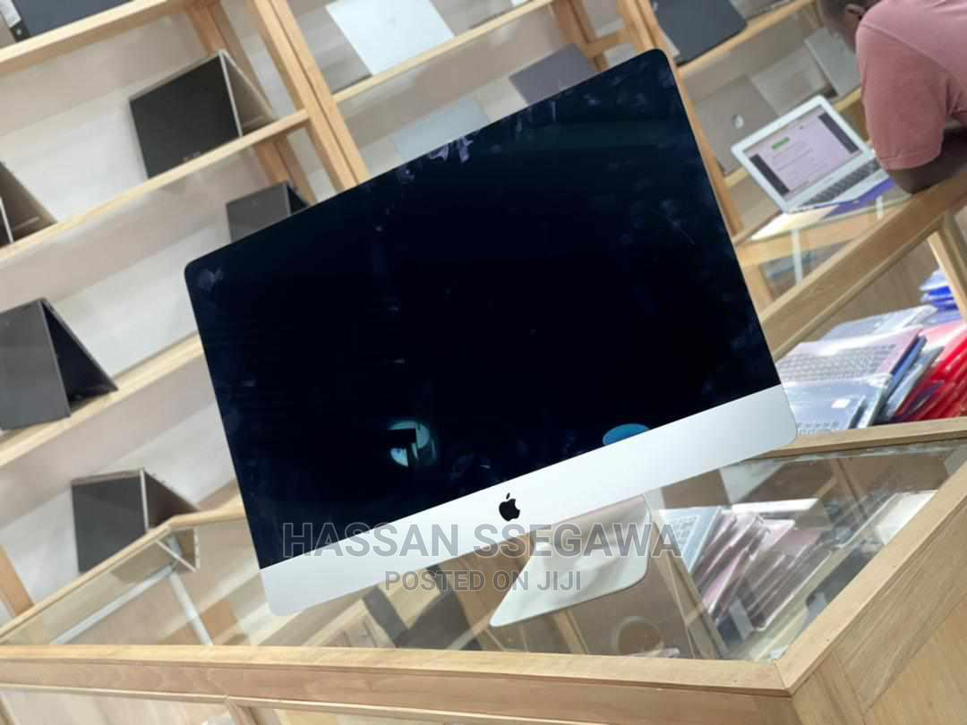 Desktop Computer Apple iMac 8GB Intel Core i5 SSHD (Hybrid) 1T | Laptops & Computers for sale in Kalangala, Central Region, Uganda