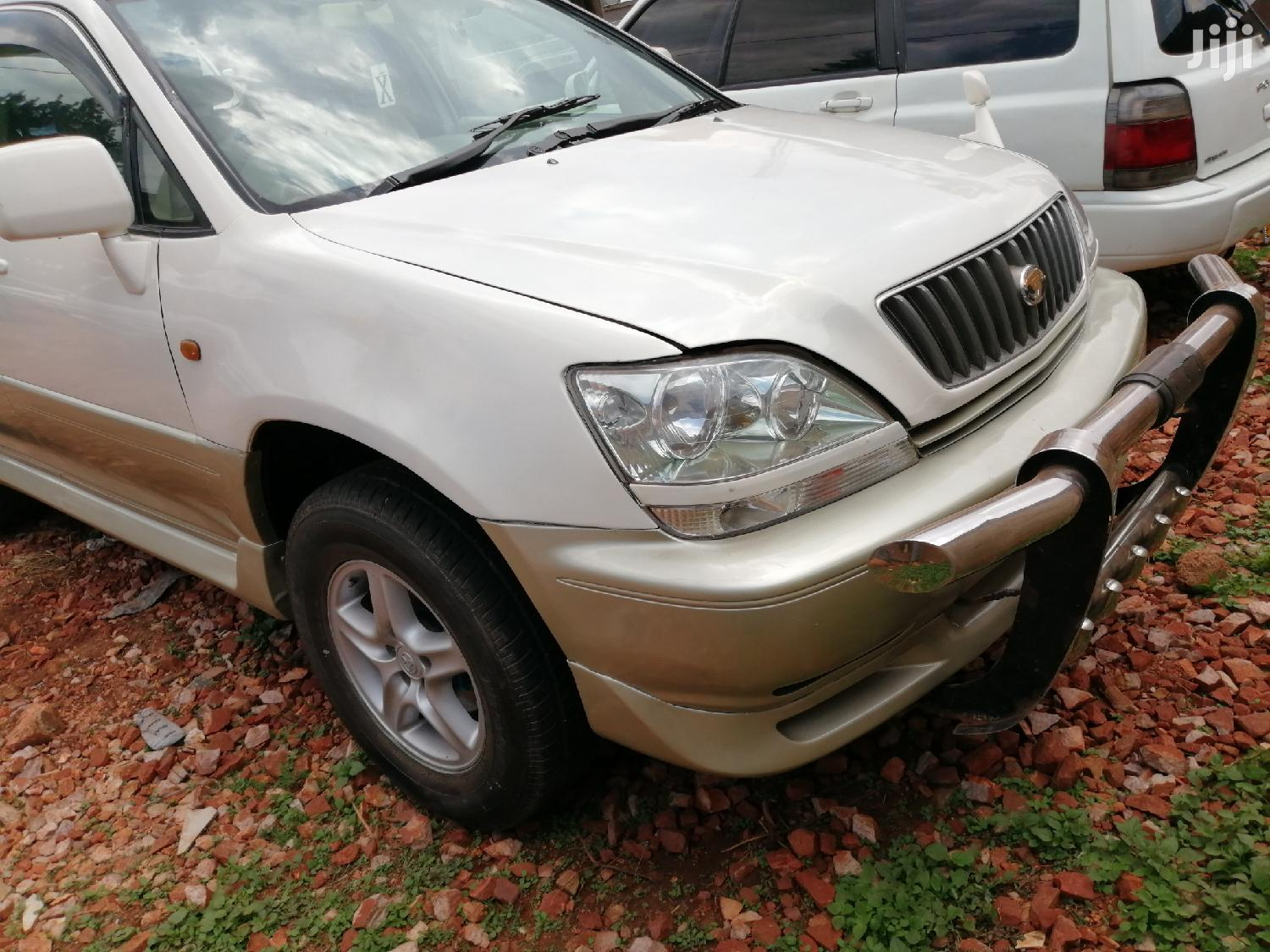New Toyota Harrier 2002 White | Cars for sale in Kampala, Central Region, Uganda