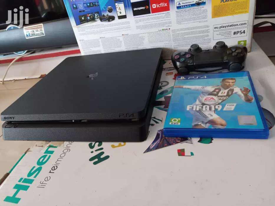 Brand New Boxed Playstation 4 Slim