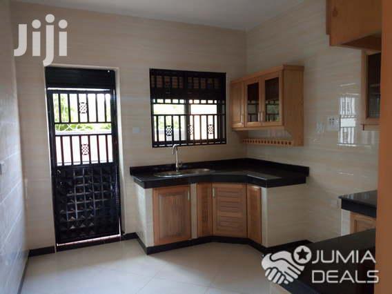 3bedroom Apartment for Rent in Kiwatule