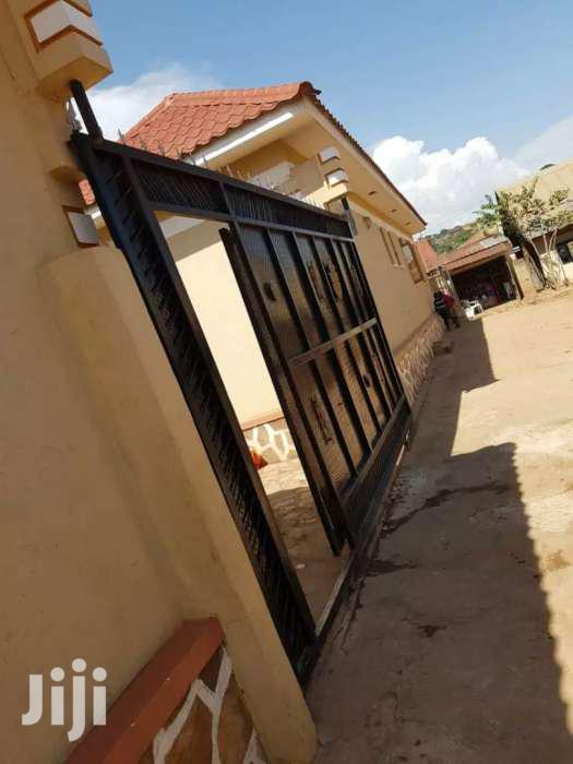 10 Specious  Self Contained Double Rentals Quick Sale Salama Munyonyo
