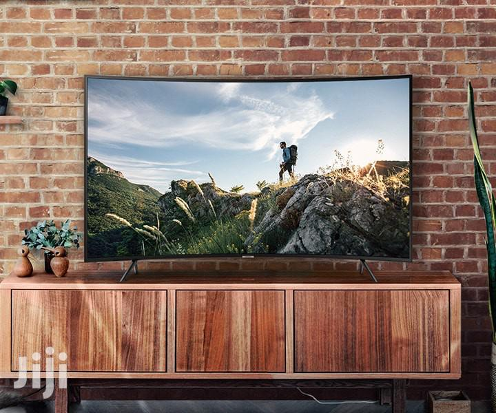Samsung Curved4k UHD Flat Screen 55 Inches
