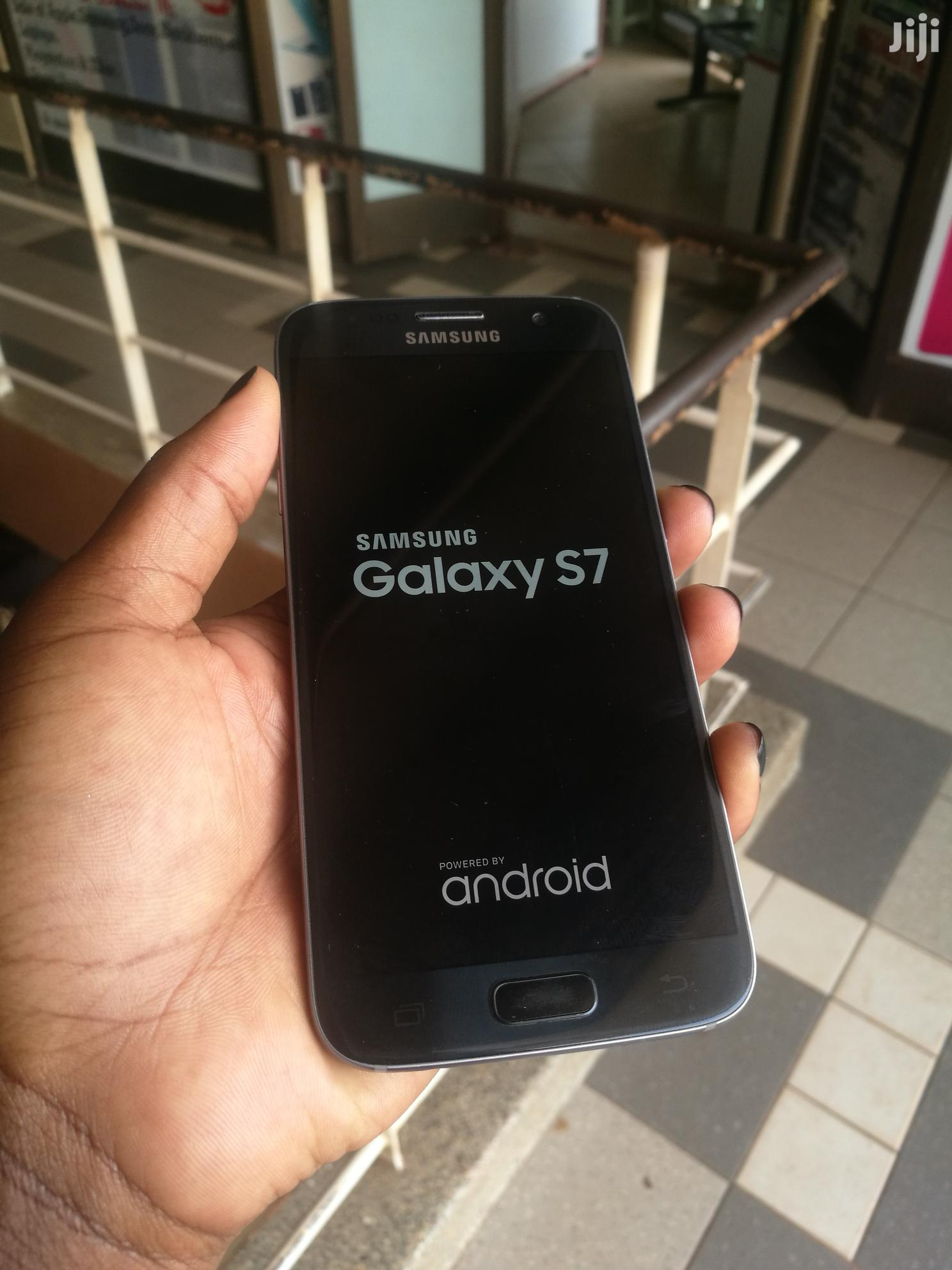 Archive: Samsung Galaxy S7 32 GB Blue
