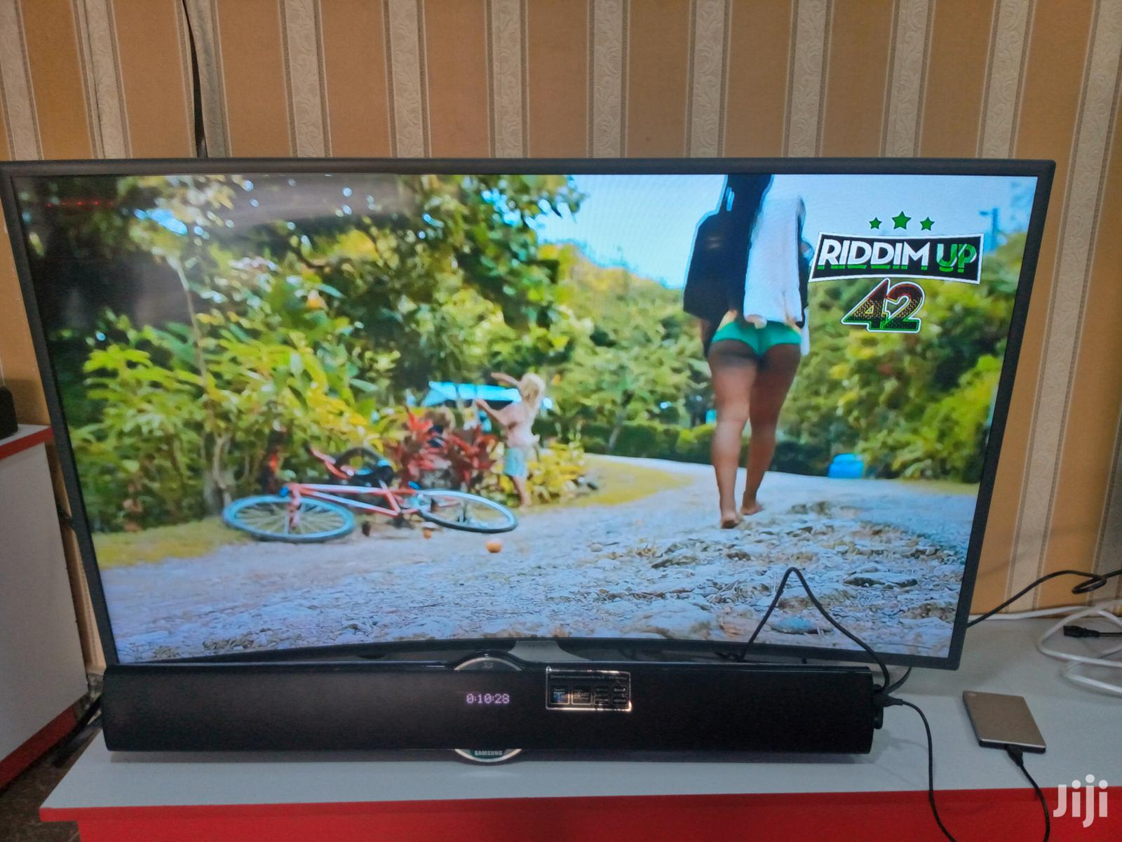 Samsung Curve Smart 4k 49 Inches