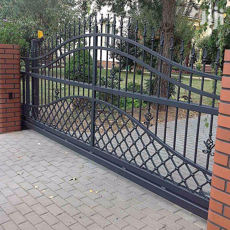 Y170819 Wrought Iron Designed Quality Gates