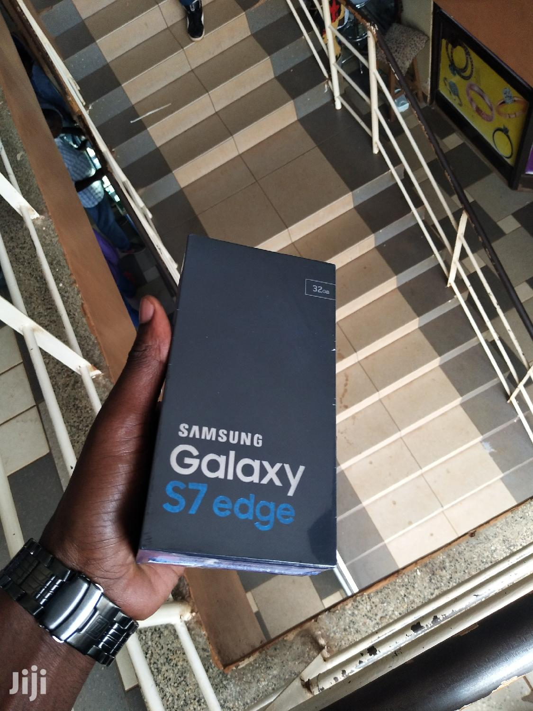 New Samsung Galaxy S7 edge 32 GB Blue