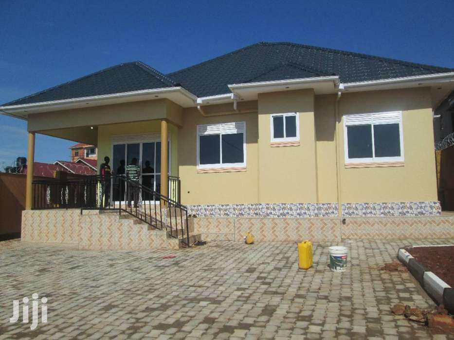 Brand New Four Bedroom House In Namataba For Sale