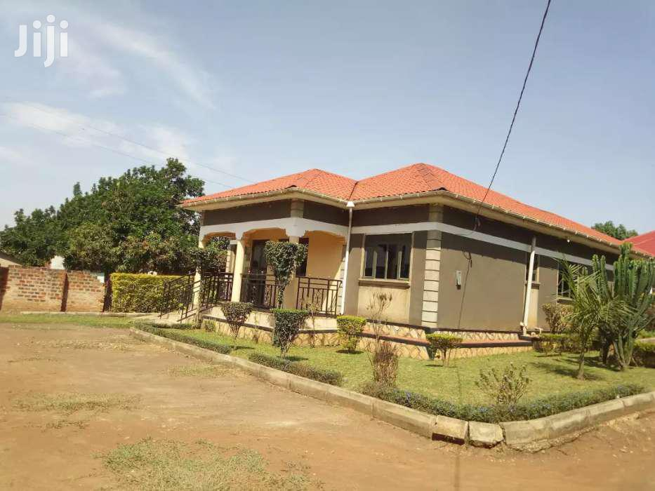 Three Bedroom House In Kireka For Rent