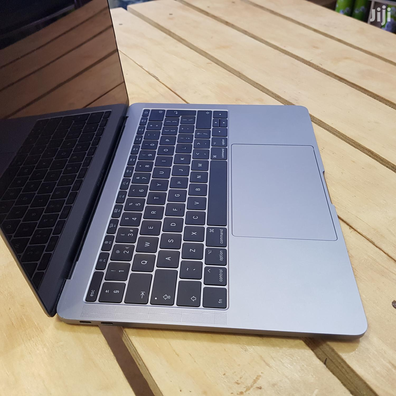 Archive: UK New Apple Macbook Pro 13 Inches 256gb Ssd Core I5 8gb Ram