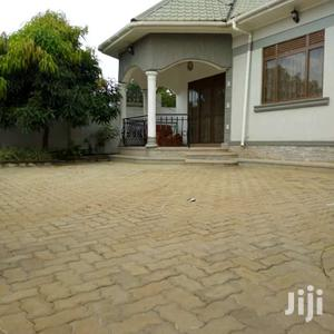 3bedroom Sitting Room Dinning, Kitchen And Boy's Quarters Sitting | Houses & Apartments For Sale for sale in Central Region, Kampala