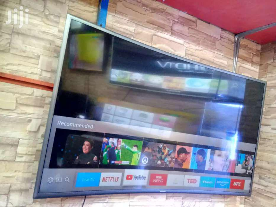 50inches Samsung Curved TV Smart | TV & DVD Equipment for sale in Kampala, Central Region, Uganda