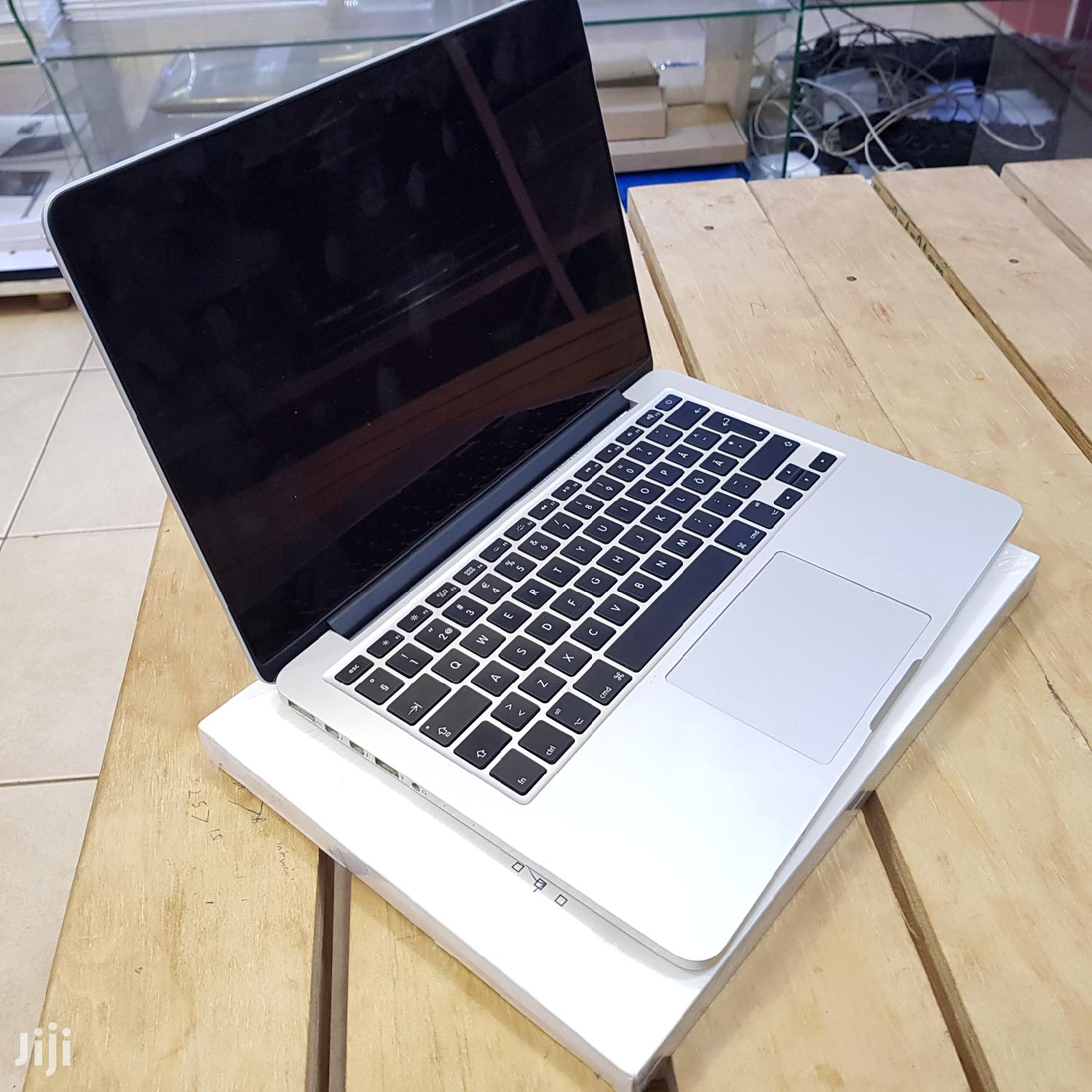 UK Apple Macbook Pro 13 Inches 128Gb Ssd Core I5 8Gb Ram | Laptops & Computers for sale in Kampala, Central Region, Uganda