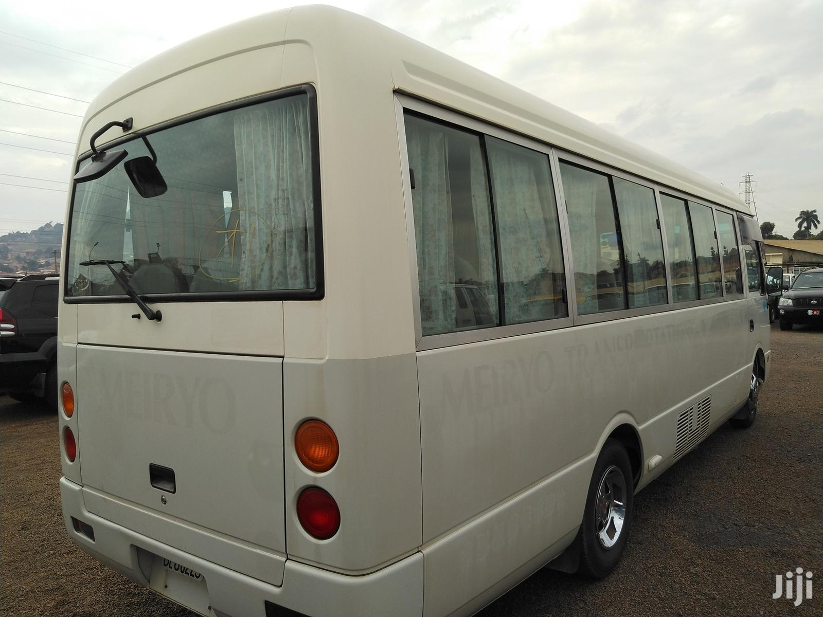 Mitsubishi Rosa Bus White | Buses & Microbuses for sale in Kampala, Central Region, Uganda
