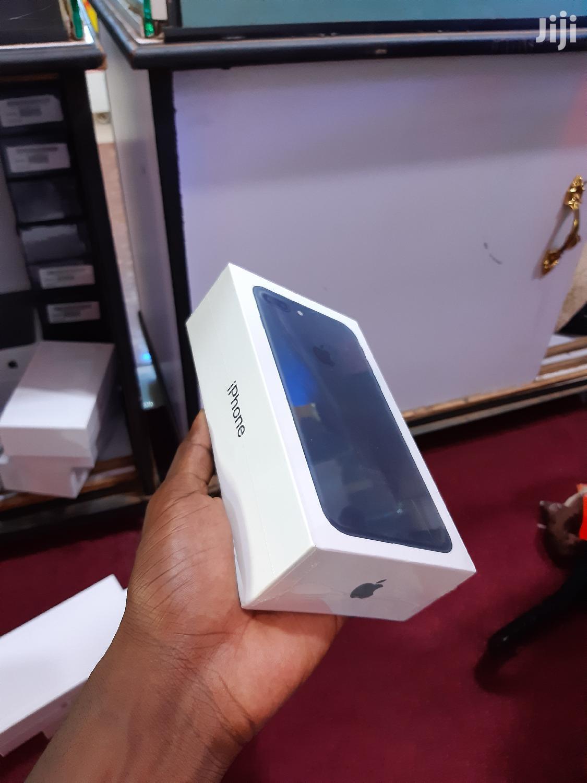 New Apple iPhone 7 Plus 32 GB