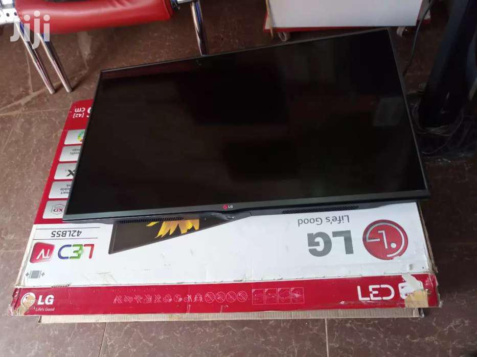 LG Flat Screen TV 42 Inches