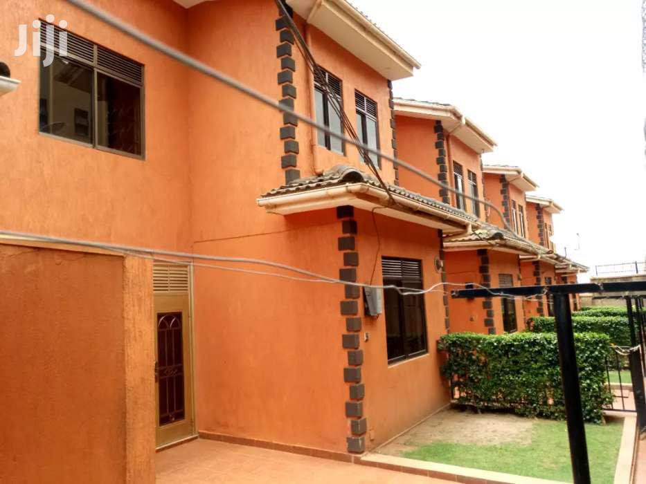 Three Bedrooms Duplex House for Rent in Kyanja