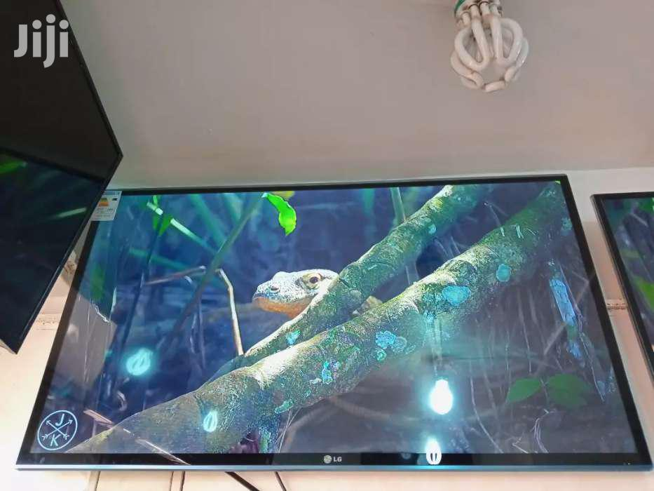 60inches LG Smart TV Digital   TV & DVD Equipment for sale in Kampala, Central Region, Uganda