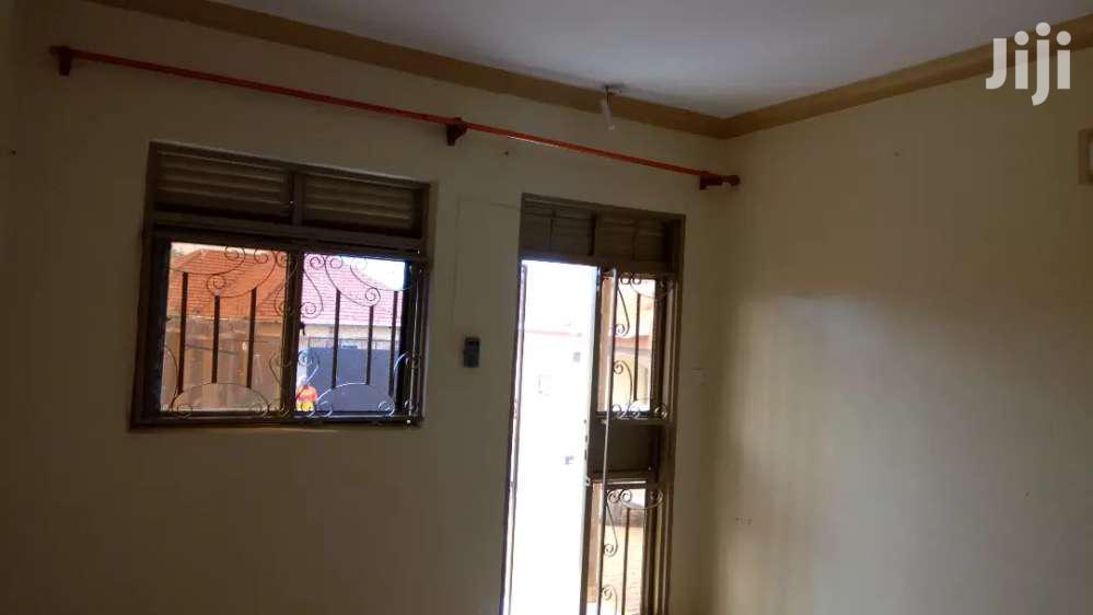 Archive: Luxurious 2bedrooms Crib In Najjera Close To Tarmac At 550k