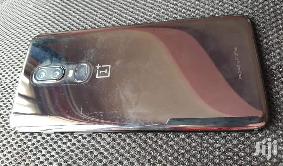 Archive: OnePlus 6T McLaren Edition 128 GB