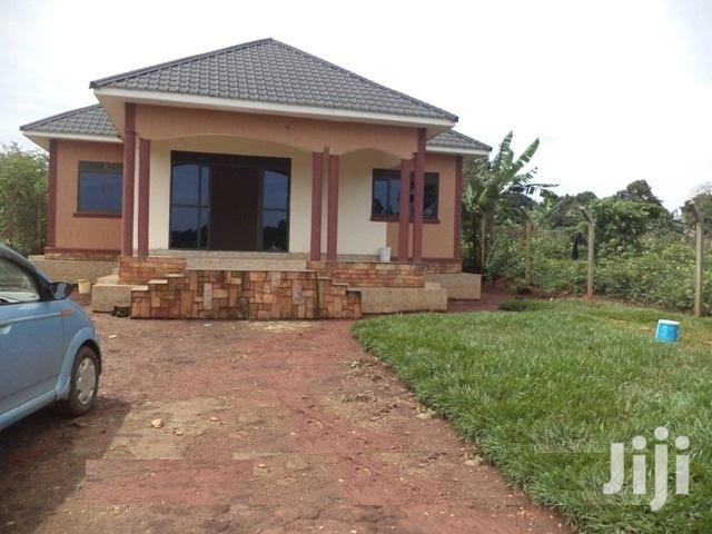 On Sale!! Gayaza 3bedrooms 2bathrooms Sitted On 12decimals