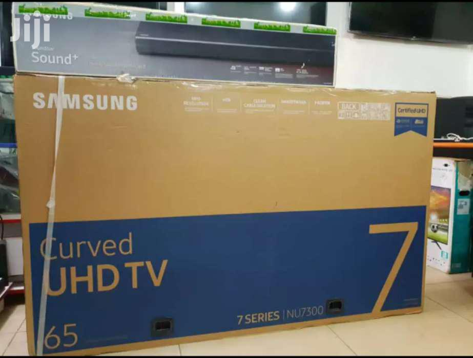 65inches Samsung UHD 4K Smart Curve
