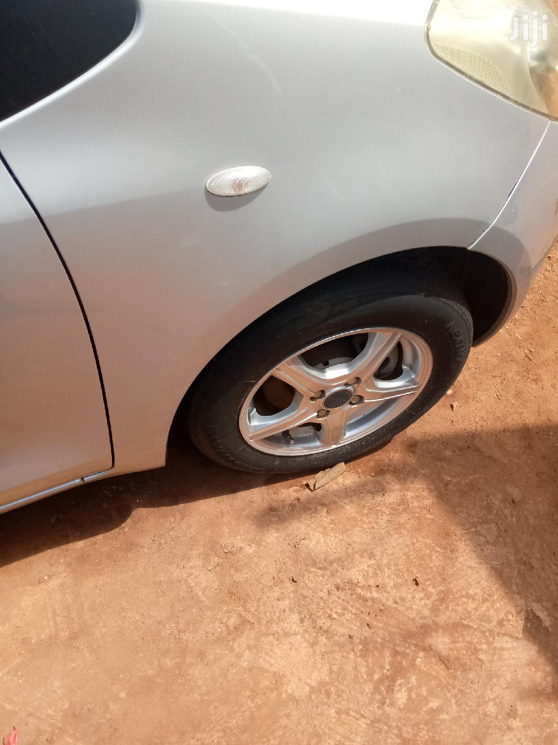 Toyota Vitz 2005 Silver | Cars for sale in Kampala, Central Region, Uganda