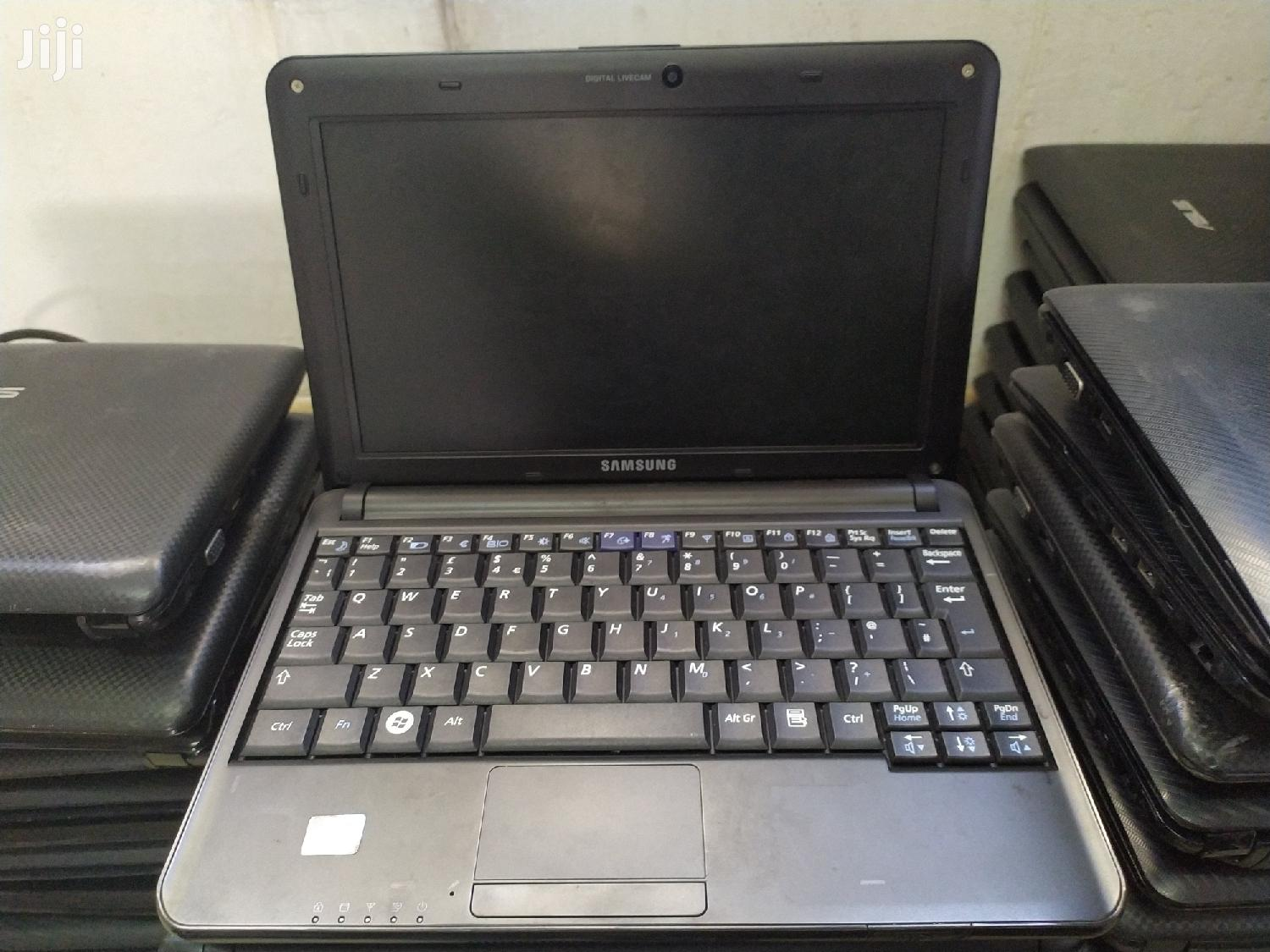 Archive: Laptop Samsung XE700T1C 2GB Intel Atom HDD 160GB