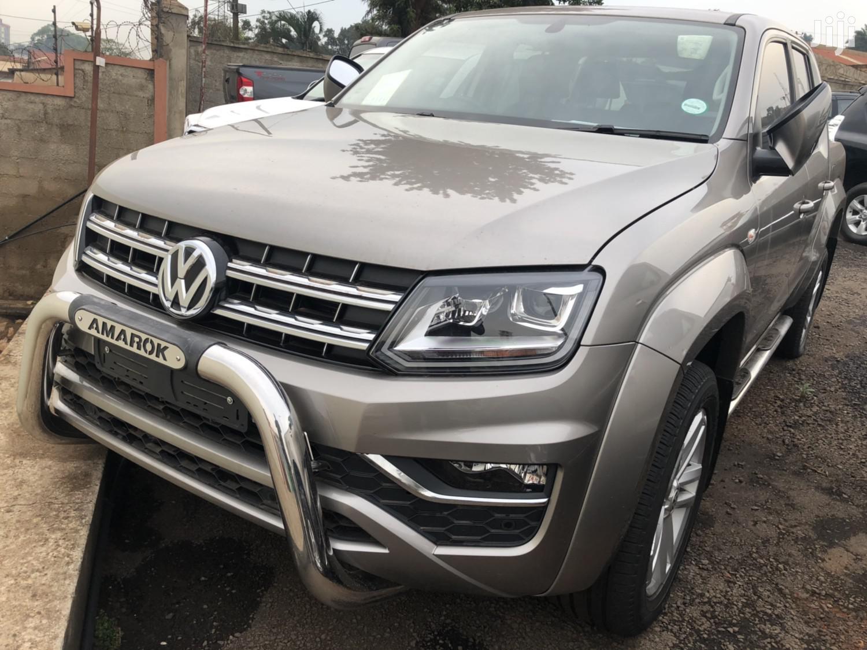 New Volkswagen Amarok 2018 Beige
