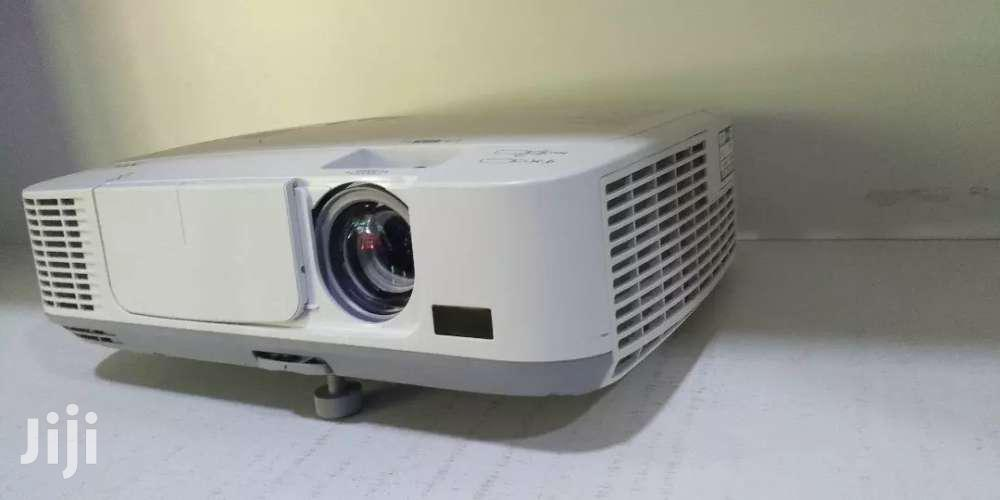 Nec Projector Day And Night Strong And Bright Light