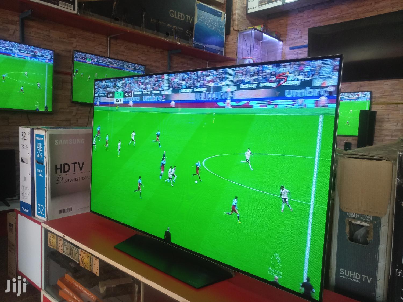 LG OLED Flat Screen Smart TV 55 Inches