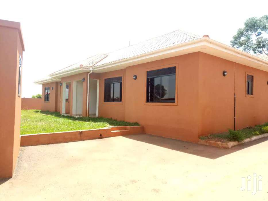 Semi-Detached Three Bedrooms House for Rent in Najjera