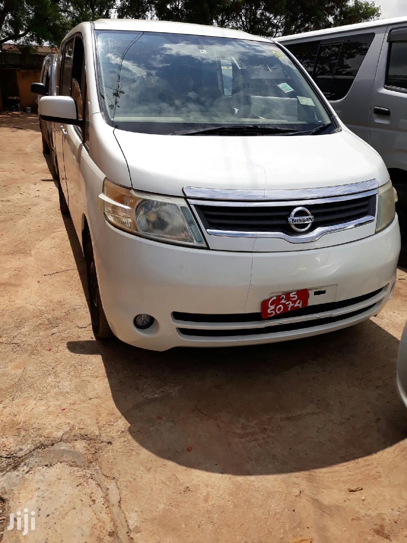 New Nissan Serena 2005 White
